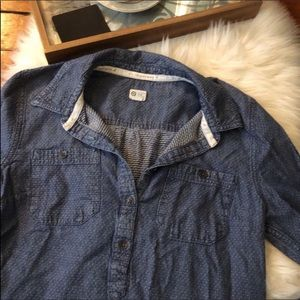 Toms Tops - Toms chambray textured dot pullover shirt m